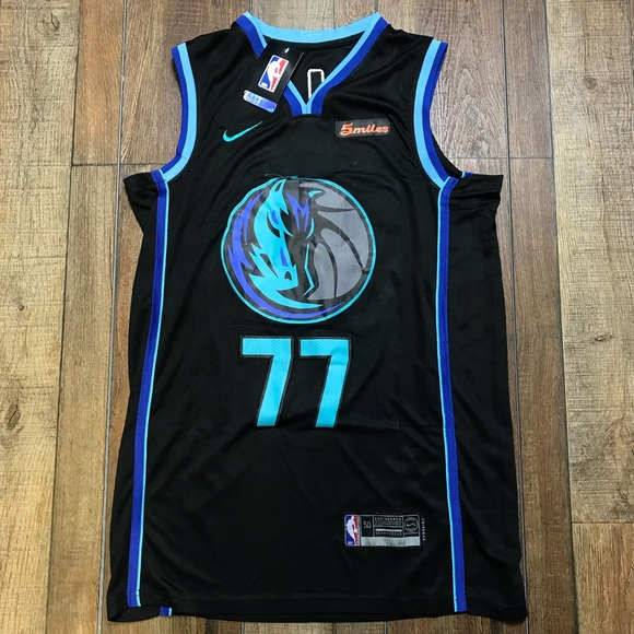new product e731a 39cbf NWT Luka Doncic Dallas Mavericks NBA Jersey NEW NWT